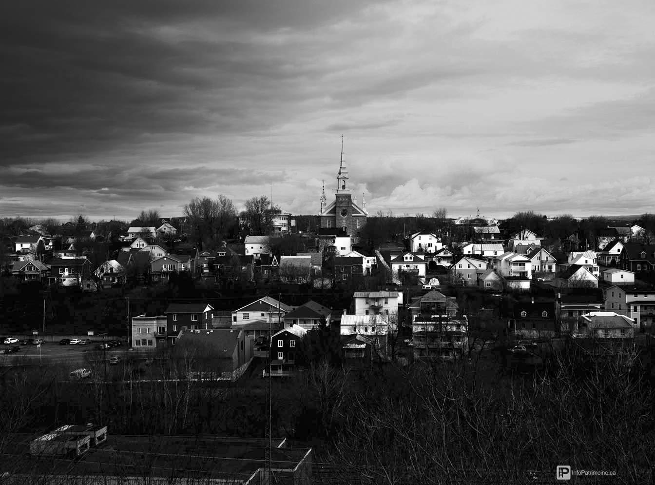Rivière-du-Loup - Quartier de la gare (2015) (Auteur : Nicolas Gagnon)