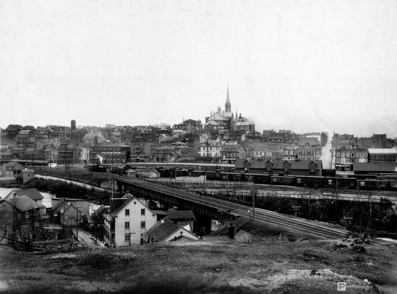 Rivière-du-Loup - Quartier Saint-Ludger (Auteur : Album historique de la Ville (no 2 Saint-Ludger))
