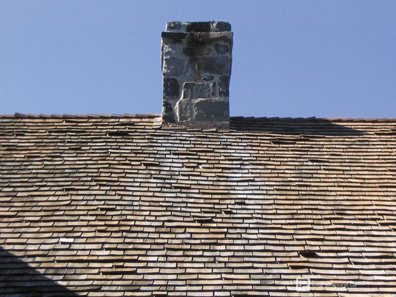 Guide : Les revêtements des toitures, le bardeau de cèdre (34 Kamouraska)