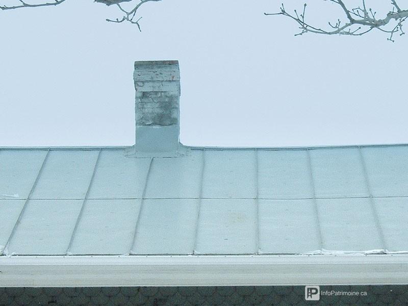Guide : Les revêtements des toitures, tôle pincée